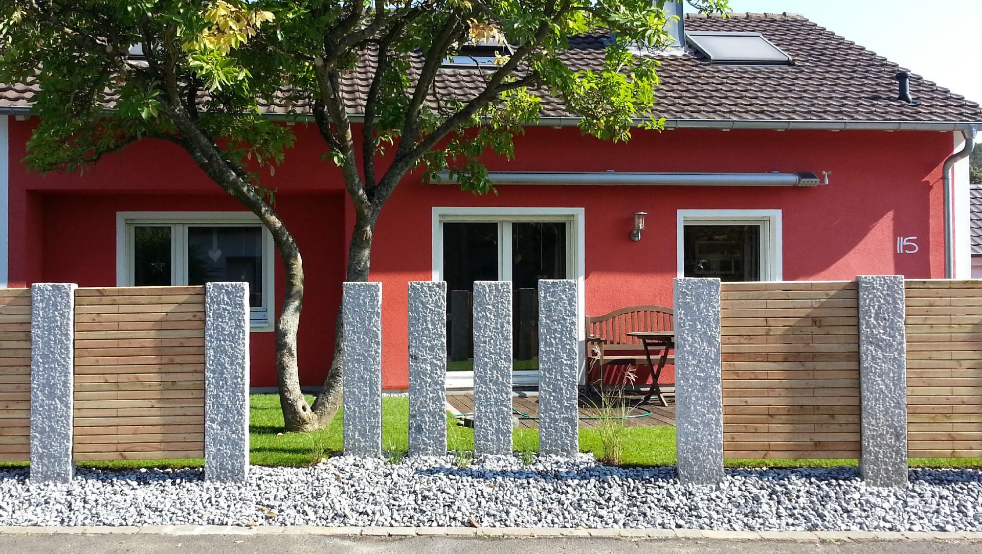 bau eines modernen sichtschutzes marktheidenfeld garterra. Black Bedroom Furniture Sets. Home Design Ideas